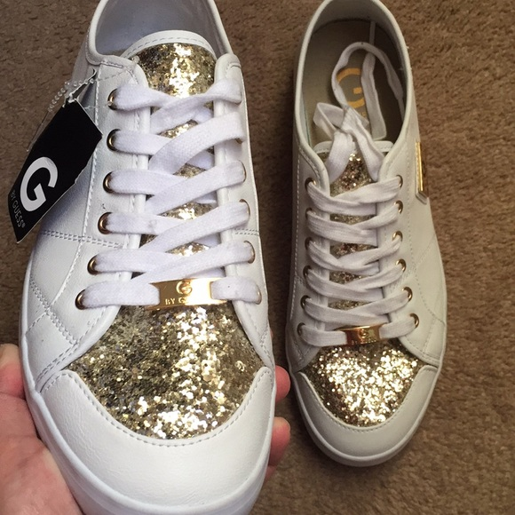 8e69cd00161a NEW Matrix Glitter Sneakers